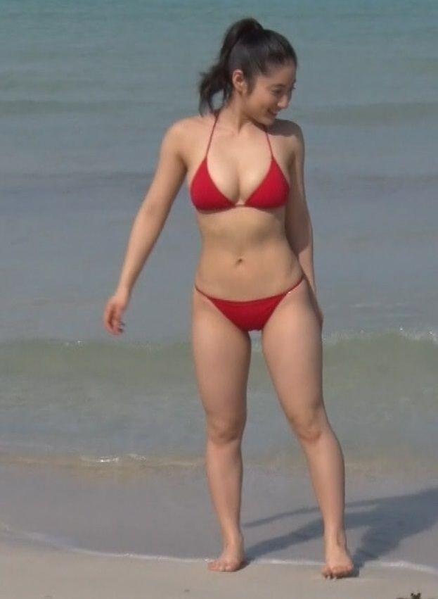 紗綾(20)のおっぱいと尻がまたドエライ事になってるwww【エロ画像】