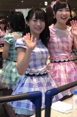 AKB48坂口渚沙(17)の推定Eカップの着衣巨乳がエロいww【エロ画像】