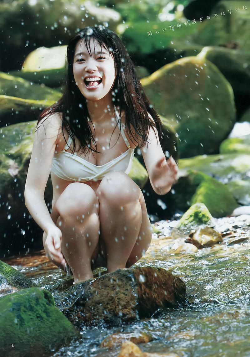 声優・内田真礼(24)の水着グラビアが抜けるwww色白短足ボディがたまらんwww【エロ画像】