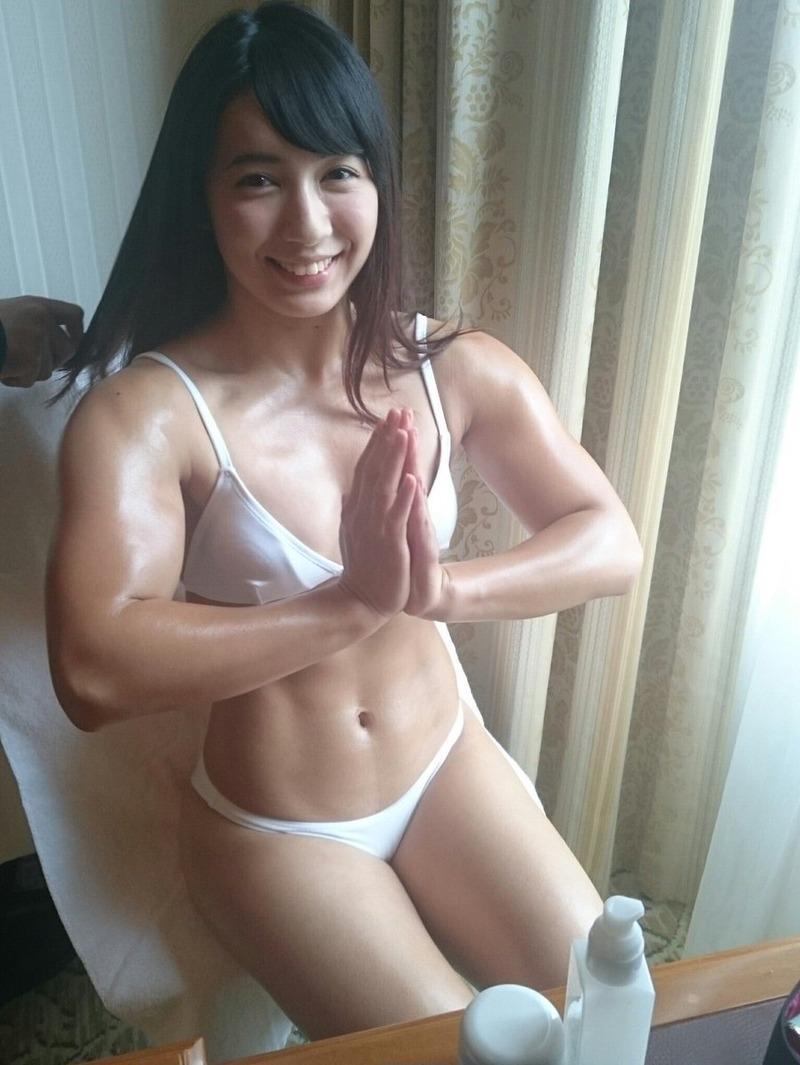 才木玲佳 (24)ムキムキプロレスラーアイドル!筋肉フェチにはたまらない模様!ww【エロ画像】
