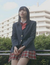 一ノ瀬みか(18)のミニスカ制服姿がエロいww【エロ画像】
