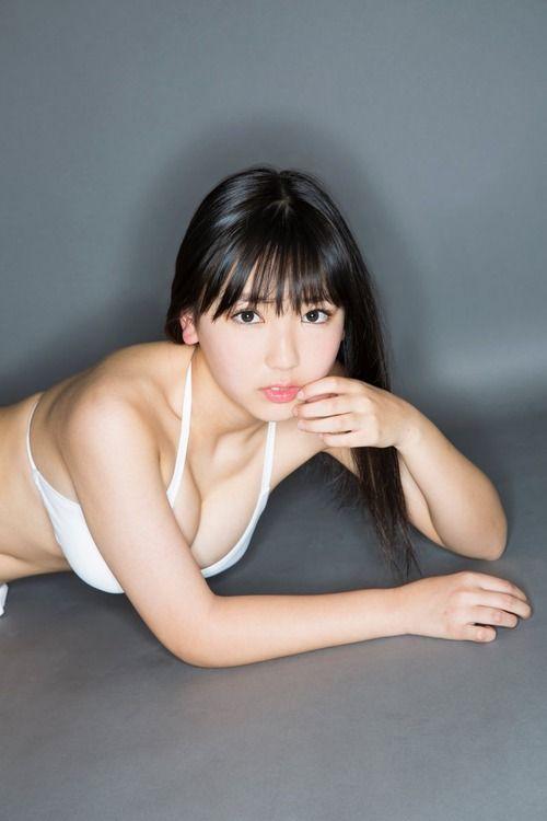 沢口愛華(15)のスレンダー巨乳ボディがぐうシコww【エロ画像】