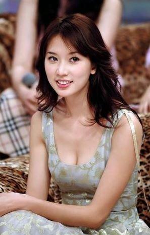 林志玲(リン・チーリン)が結婚したのでセクシーおっぱいがエロいww【エロ画像】