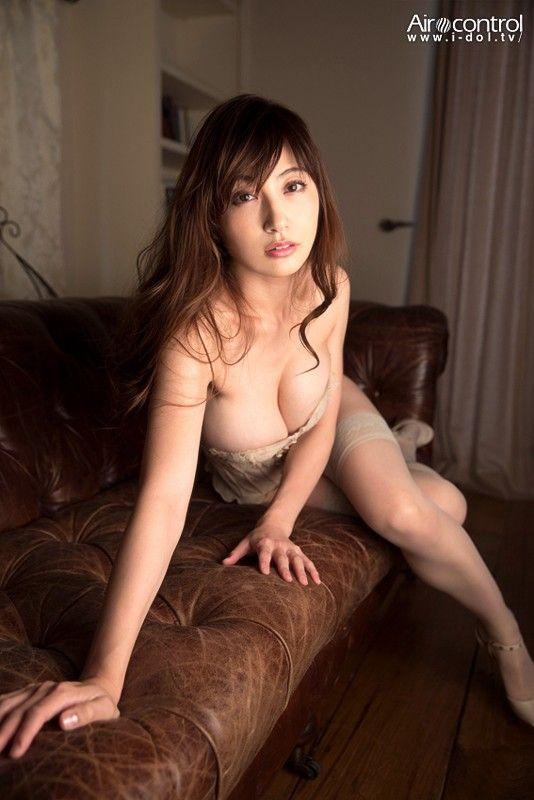 熊田曜子(34)最新オカズIVがぐうシコ!人妻エロボディがたまらんわww【エロ画像】