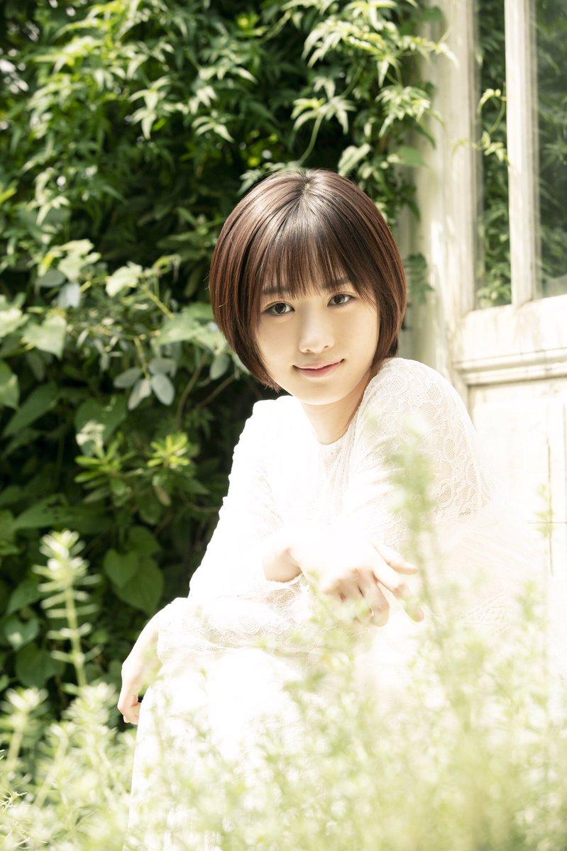 工藤遥(18)のカレンダーブックや天使すぎる幼少期ww【エロ画像】