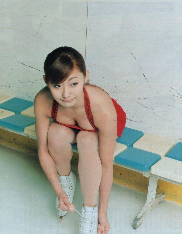 安藤美姫エロ過ぎwww俺の上を滑ってほしいwwwww【エロ画像】