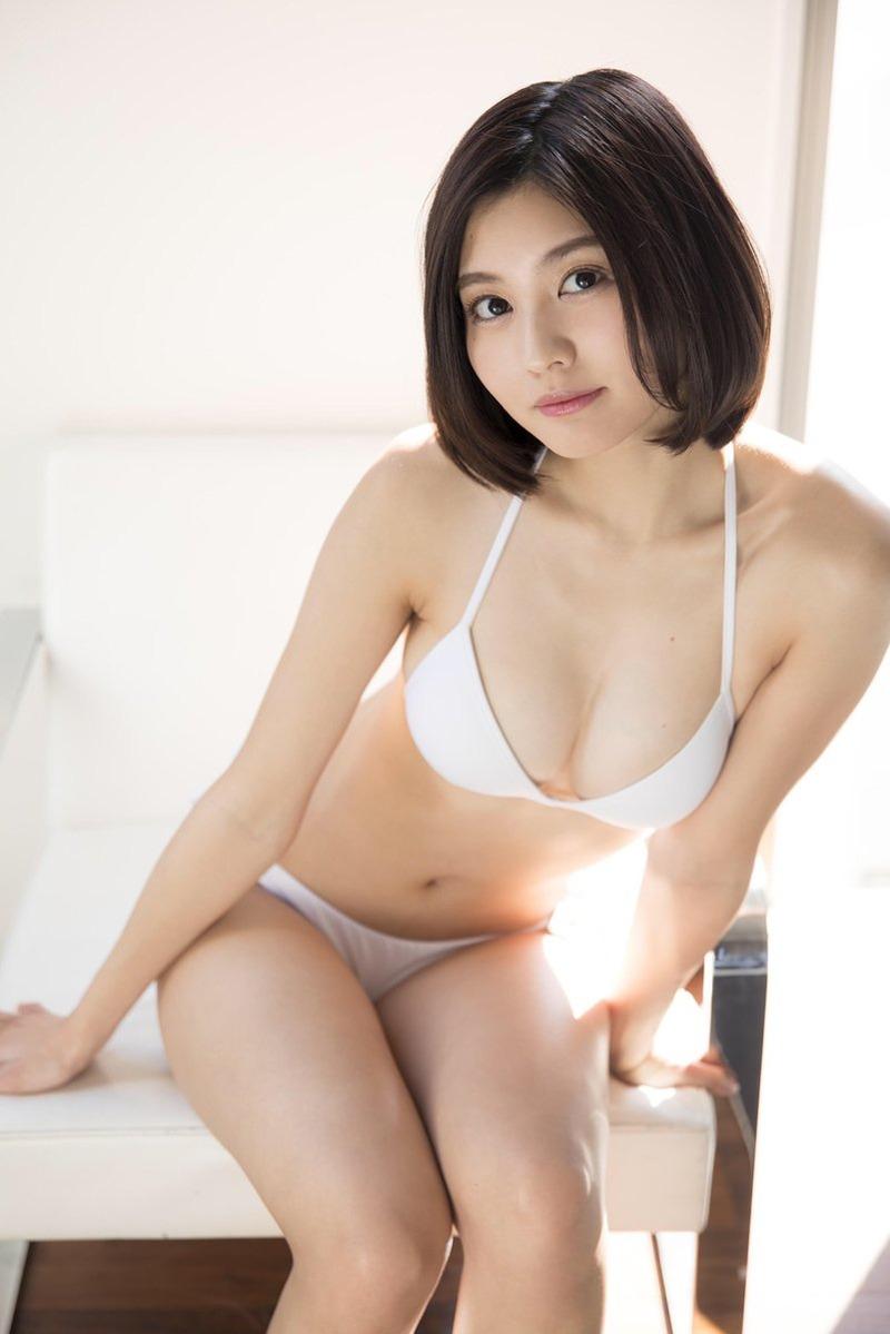 林ゆめ(23)の最新のセクシー水着グラビアがエロいww【エロ画像】