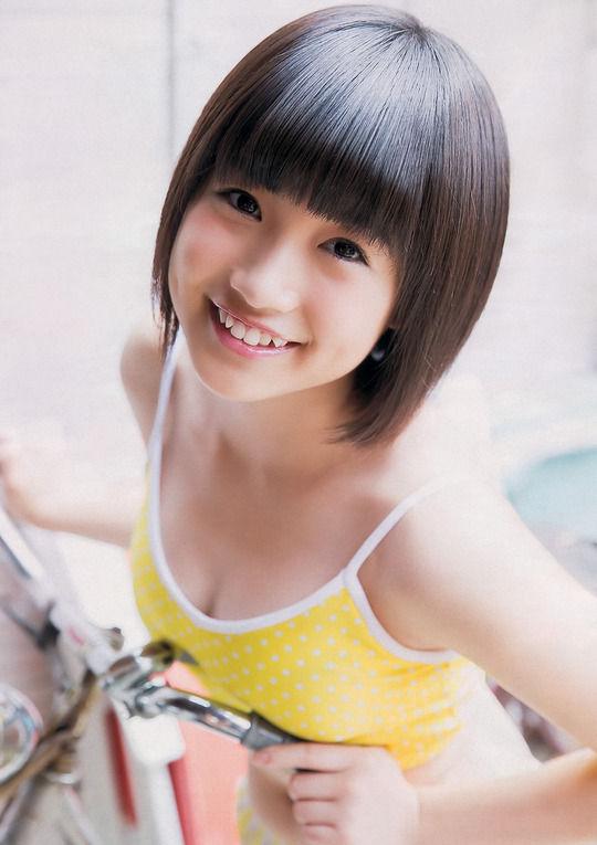 HKT朝長美桜ちゃんが可愛いくせにおっぱいちゃんという奇跡【エロ画像】