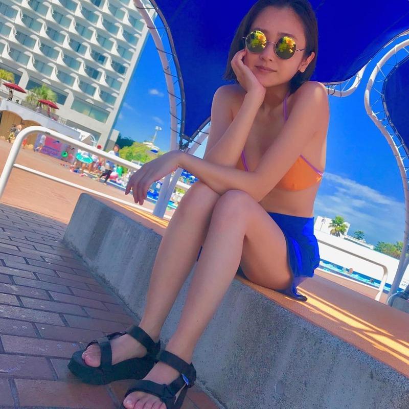 安達祐実(36)のインスタにうpした水着姿がぐうシコww【エロ画像】