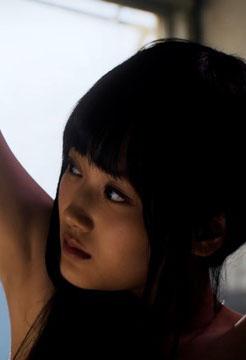 山下美月(19)の電影少女で見せた全裸姿がエロいww【エロ画像】