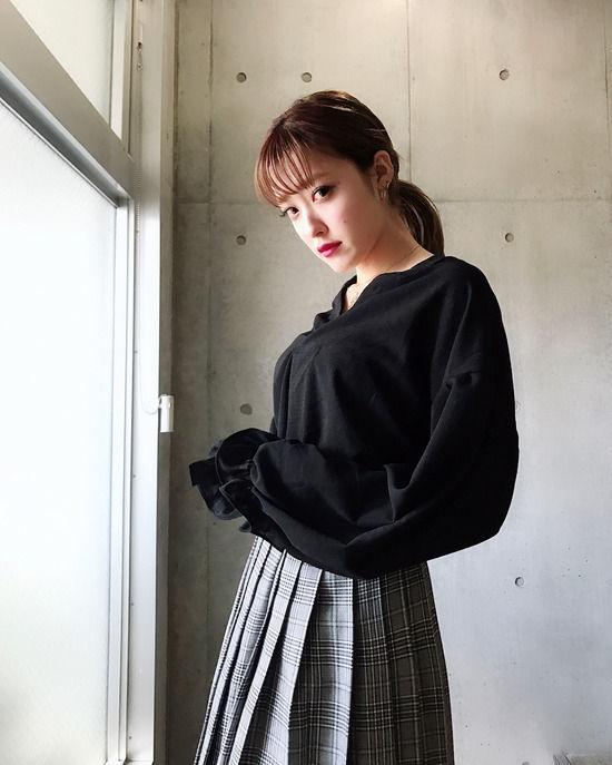 Berryz工房・夏焼雅(25)着衣ニット巨乳がエロいww【エロ画像】