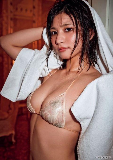 本田夕歩(20)のセクシーが水着や下着グラビアが抜けるww【エロ画像】