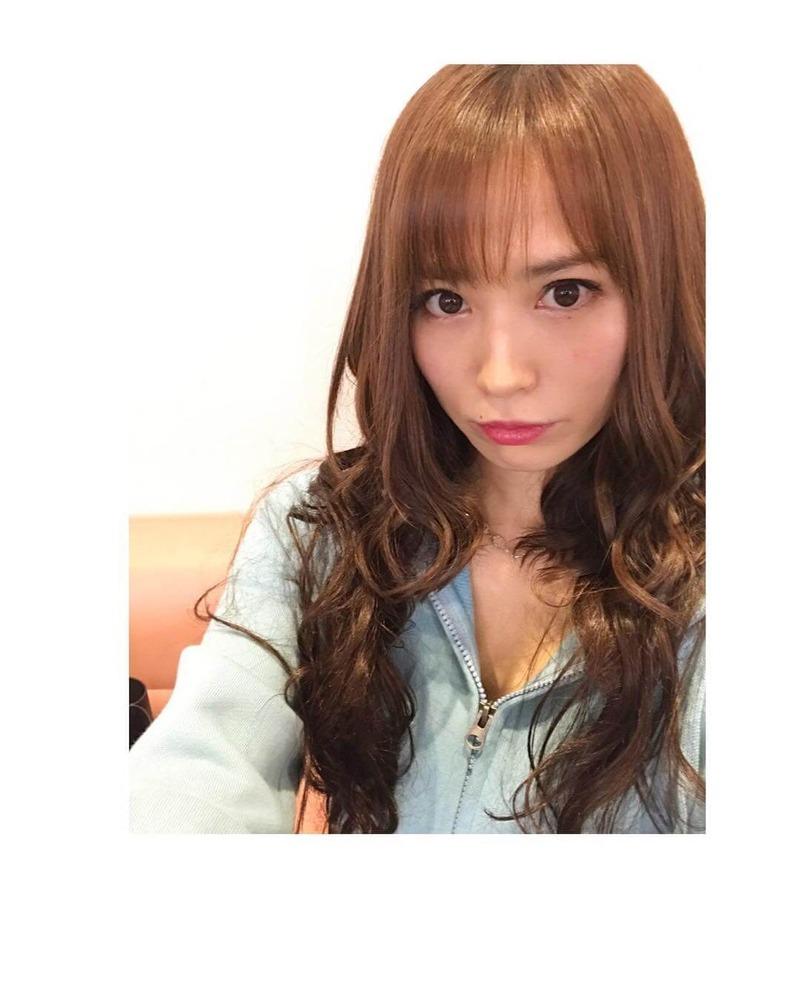 市川由衣(33)のキャバ嬢姿がまだまだ若くてイケるww【エロ画像】