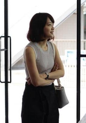 深川麻衣(28)の映画の劇中カットやドラマの着衣ニットおっぱいがエロいww【エロ画像】