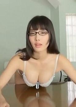 今野杏南(28)メガネにFカップが抜けるIVが抜けるww【エロ画像】