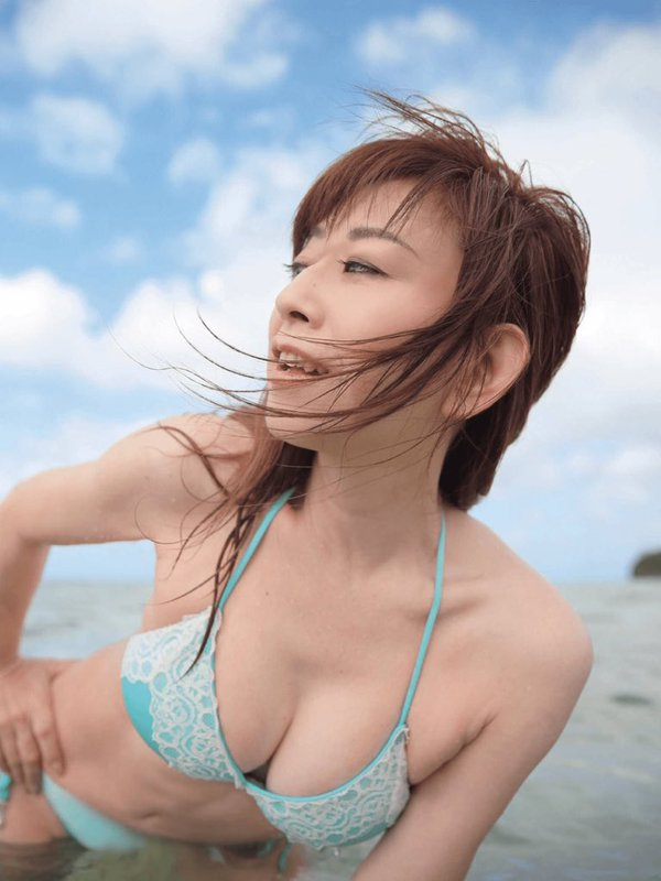 大場久美子(57)熟女の還暦グラビアが完全にマニア向けで誰得ww【エロ画像】