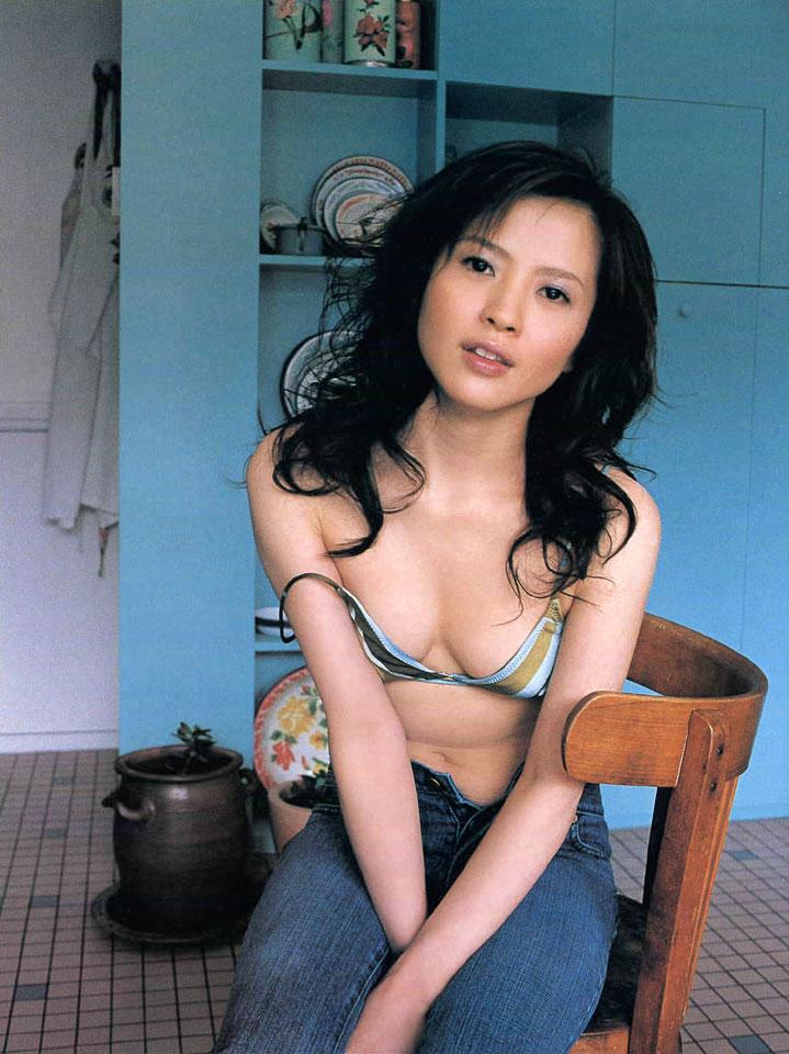 再婚した喘ぎ声の可愛い女優・三浦理恵子(42)のヌード画像がエロ過ぎる!