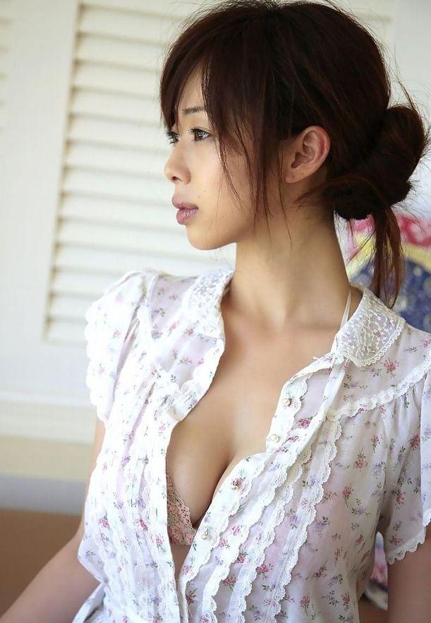 井上和香(33)の熟したダイナマイトボディをペロムギュしたい【エロ画像】