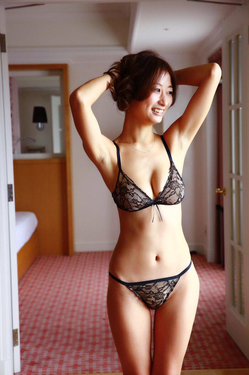 ミスアラサーの松村加南子!Gカップ薬剤師という肩書きがなかなかエッチな三十路BBAがなかなか抜けるww【エロ画像】