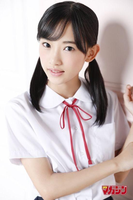 AKB48歌田初夏(16)の制服やキャミ姿が透明感あってエロいww【エロ画像】