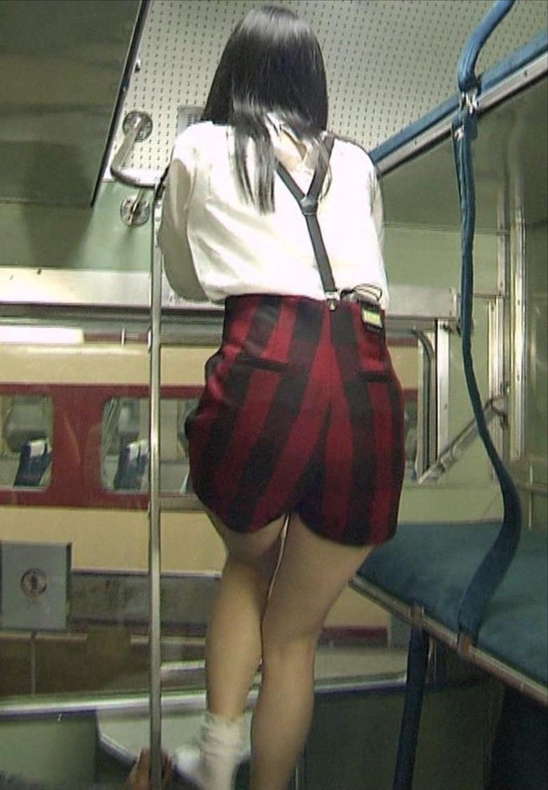 SKE松井玲奈(22)がTVで肉体見せつけてきたから即シコタ【エロ画像】