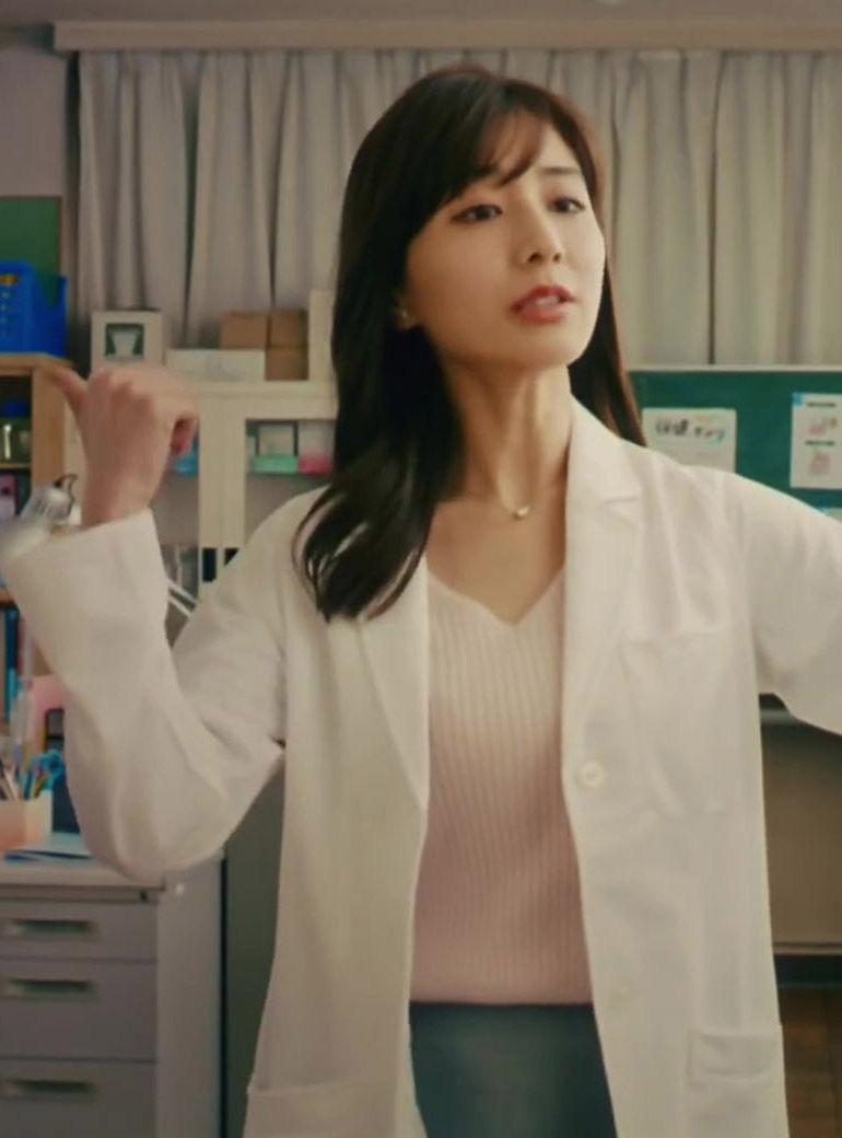 田中みな実(32)の保健室の先生コスがくっそエロいww【エロ画像】