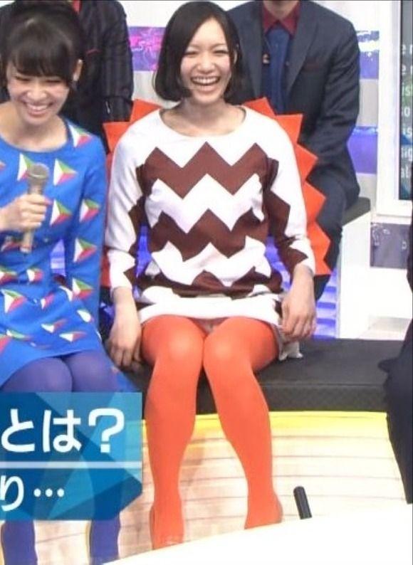 Mステで竹内由恵アナの太ももを拝見してたらPerfumeのっちに視線を奪われた【エロ画像】