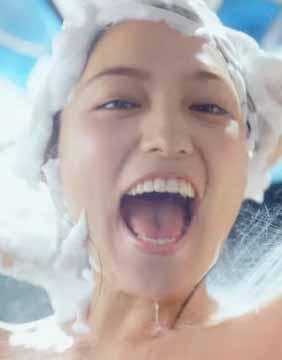川口春奈(24)の最新CMの全裸姿がぐうシコww【エロ画像】