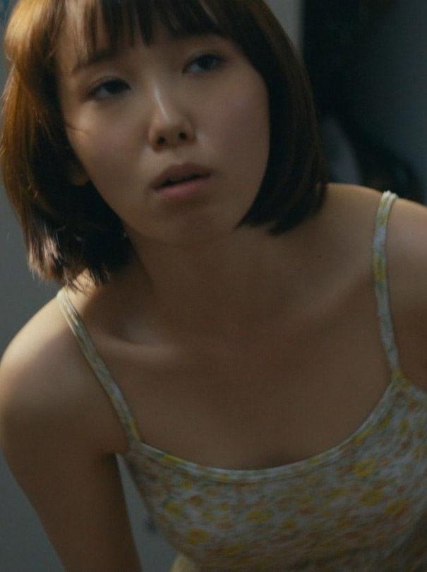 飯豊まりえ(19)ドラマで見せた生着替えにパンチラが抜けるww【エロ画像】