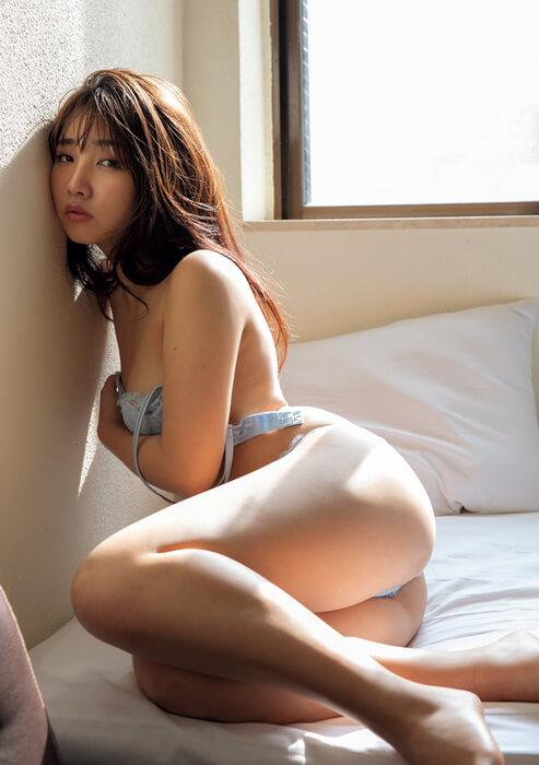 水沢柚乃(21)の最新グラビアのムッチリお尻がエロいww【エロ画像】