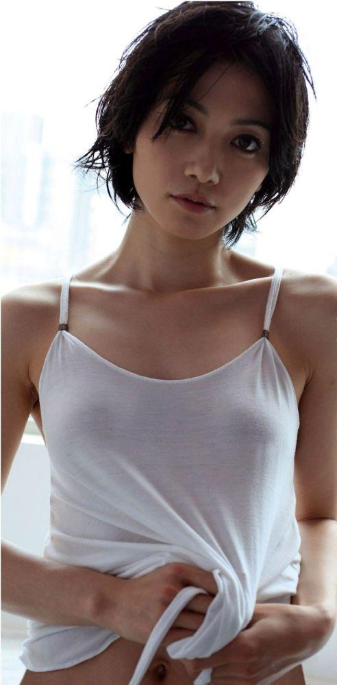 【悲報】女優の遠藤久美子(38)ヘアヌードが見たかった…エンクミが結婚&妊娠・・・(エロ画像あり)