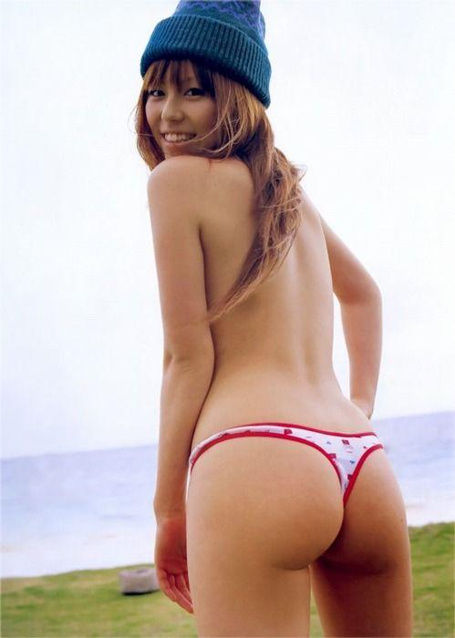 頑張ればヤラせてくれそうな気がする女こと若槻千夏(29)【エロ画像】