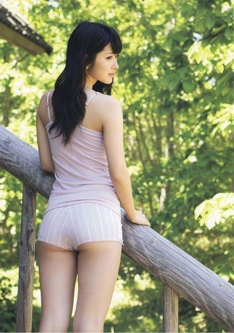 ℃-ute鈴木愛理(20)のくびれとプリケツ破壊力はんぱねぇwwwwwww【エロ画像】