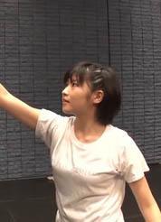 モー娘。加賀楓(18)の着衣巨乳がエロいww【エロ画像】