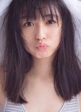長濱ねる(19)のほぼすっぴんタンクトップカットが抜けるww【エロ画像】
