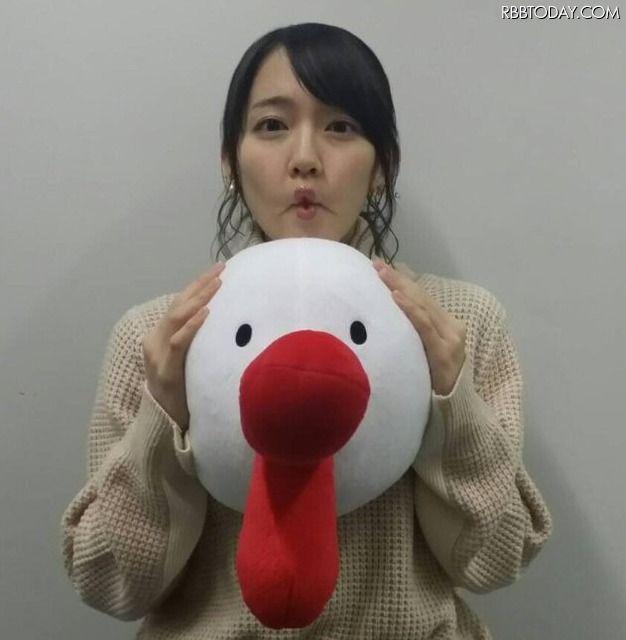 吉岡里帆(23)ブログでクッソエロいチュー顔してるぞwwチュー顔見た後に巨乳グラビア見てたら勃起不可避ww【エロ画像】