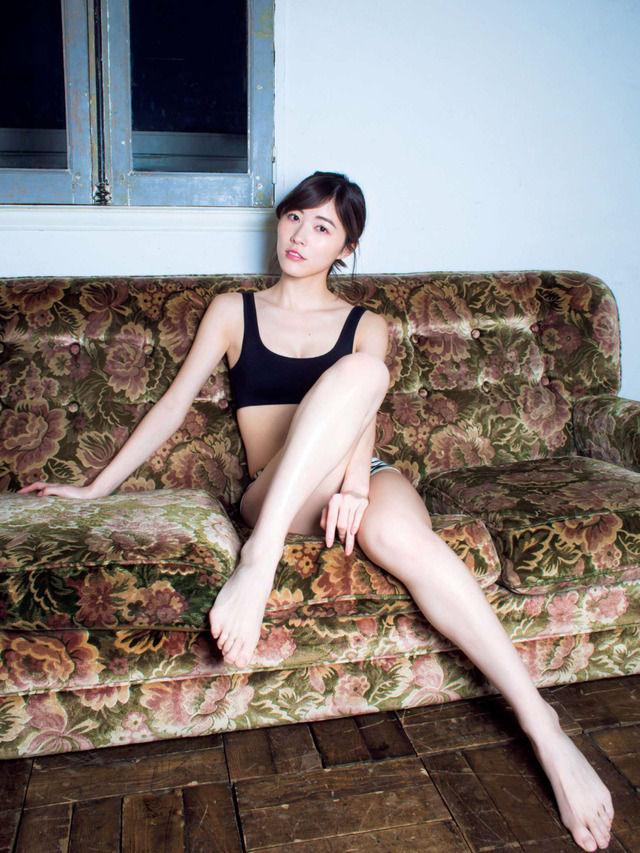 SKE48松井珠理奈(20)のスレンダータンクトップグラビアが抜けるww【エロ画像】