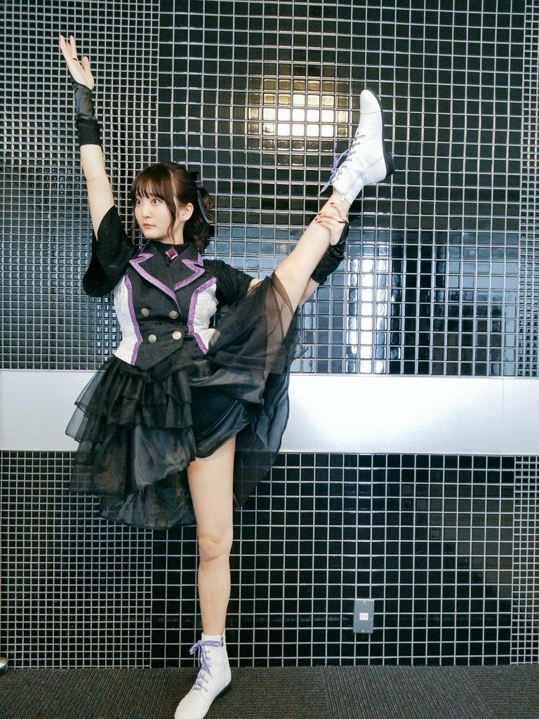 久保ユリカ(28)声優さんがスタイル抜群でスレンダー巨乳ボディがエロいww【エロ画像】
