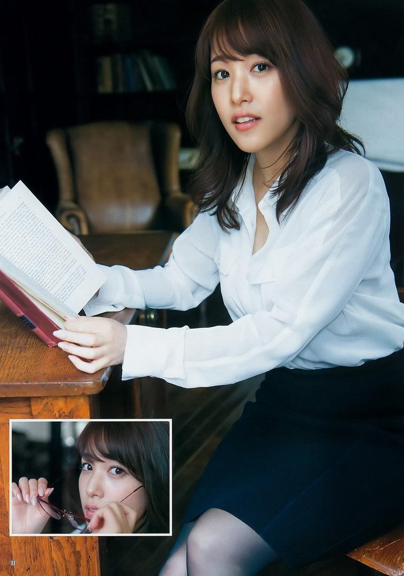 鷲見玲奈アナ(27)現役アナウンサーのグラビアがぐうシコww【エロ画像】
