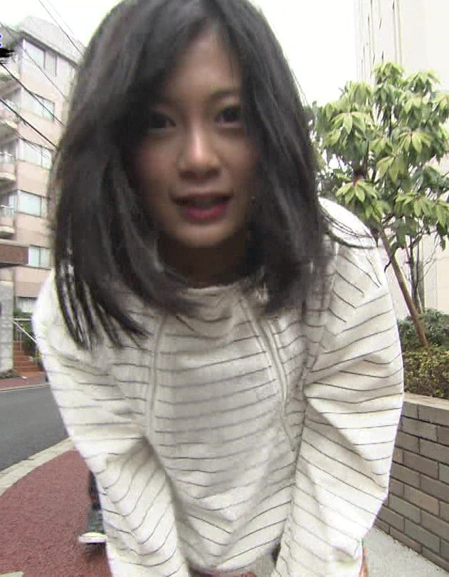 RaMu(20)が全力坂で見せたHカップ着衣巨乳がエロいww【エロ画像】