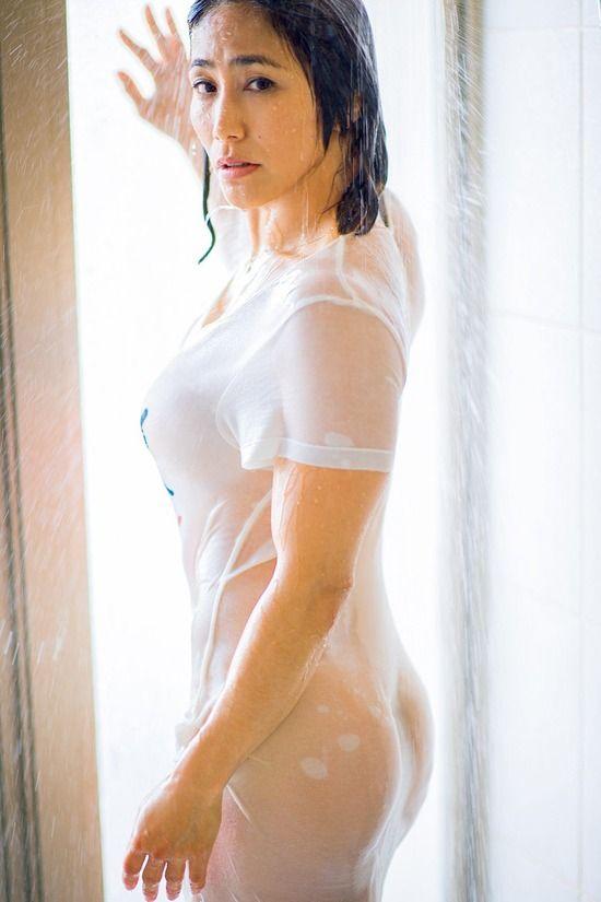 山本美憂(44)の熟女アスリートボディがエロいww【エロ画像】