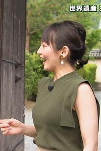 吉岡里帆(26)の着衣ニット巨乳がなんかエロいww【エロ画像】