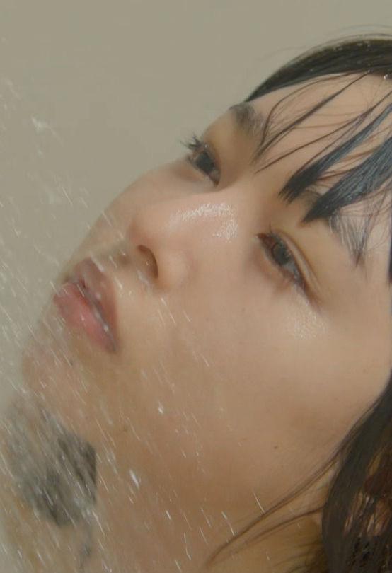 桜井日奈子(21)のドラマでの全裸シャワーシーンがエロいww【エロ画像】