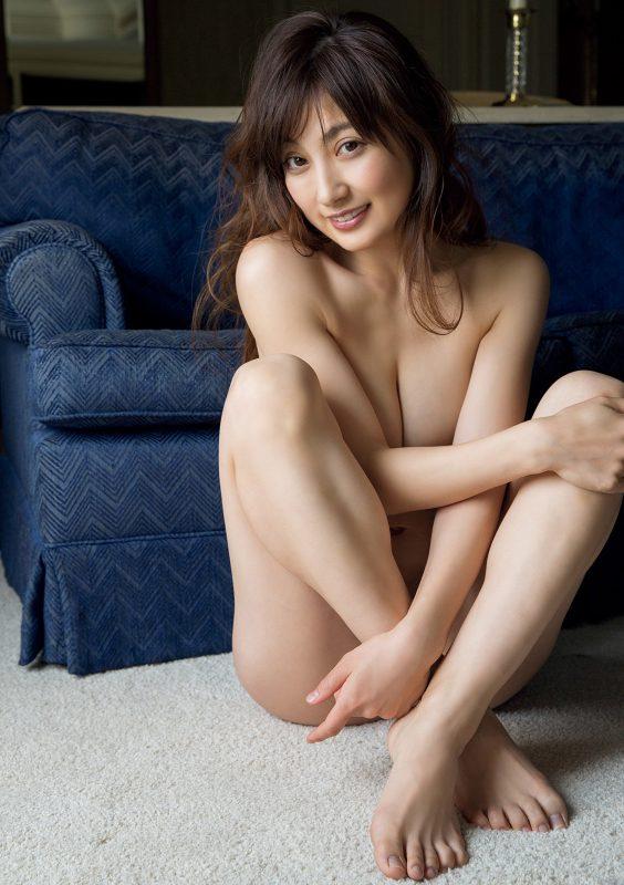 熊田曜子(34)セミヌード写真集でオナネタ大放出ww【エロ画像】
