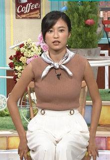 小島瑠璃子(24)のE.T.首体操の着衣ニット巨乳がエロすぎるww【エロ画像】