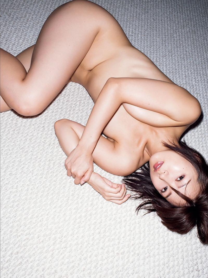 階戸瑠李 (28)セミヌードグラビアを出した元ミスFLASHの女がクッソエロいwww【エロ画像】